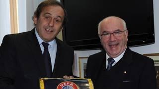 Michel Platini con Carlo Tavecchio. Ansa
