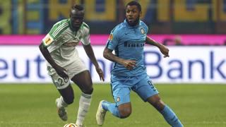 Yann M'Vila, 24 anni., contro Diomande  del Saint Etienne. Getty Images