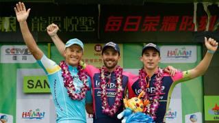 Il podio della quinta tappa. Da sinistra: Ruslan Tleubayev, Andrea Palini e Niccol� Bonifazio,