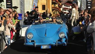 Una Porsche 356 Speed guidata da Jarno Trulli nella scorsa edizione della manifestazione