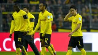 I gialloneri lasciano sconsolati il campo: solo 7 punti in 9 gare. Afp