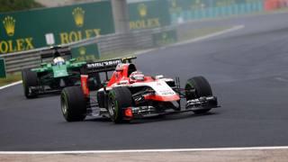 Lotta fra la Marussia di Chilton e la Caterham di Ericsson. LaPresse