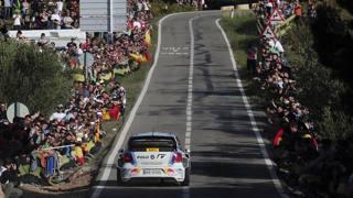 Sebastien Ogier in corsa al rally di Spagna AFP