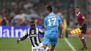 Un'azione della Supercoppa 2012, disputata a Pechino tra Juventus e Napoli. Lapresse