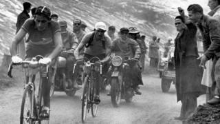 Tour de France 1949: Coppi e Bartali durante la 16a tappa Cannes-Briancon