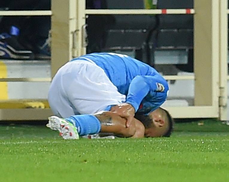 Insigne a terra dolorante. Getty