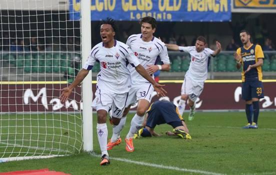 Il colombiano esulta dopo il gol del 2-1 decisivo. Ansa