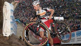 Kevin Pauwels ha vinto il Superprestige a Zonhoven il 2 novembre . Bettini