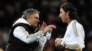 Mourinho e Sergio Ramos ai tempi del Real Madrid. Afp