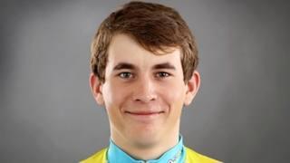Artur Fedosseyev , 20 anni