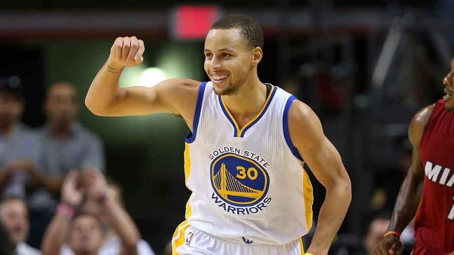 Ultime Notizie: Irresistibile Curry: 40! I Kings fermano Davis
