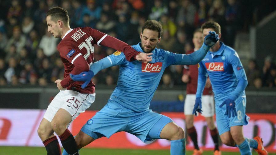 Ultime Notizie: Napoli, pari e sedicesimi A Praga senza reti: 0-0