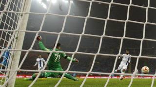 La rete di Osvaldo per il 2-1 dell'Inter contro il Dnipro in Europa League. Reuters