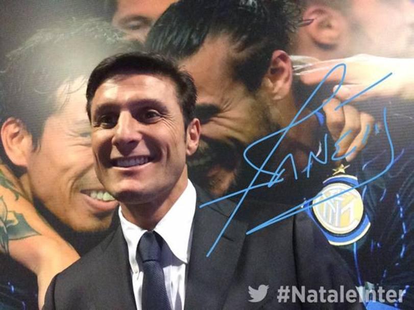 Auguri Di Buon Natale Inter.Inter Auguri Social Ecco Il Buon Natale Nerazzurro La Gazzetta