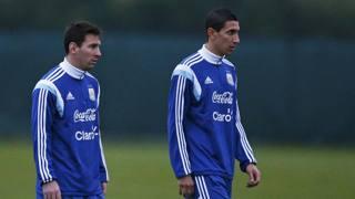 Leo Messi e Angel Di Maria in ritiro con l'Argentina. Reuters