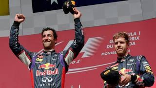 Nel 2014 Vettel (a des) ha sofferto Ricciardo (a sin vincitore in Canada). Epa