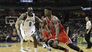 Butler attacca Podexter a Memphis. Reuters