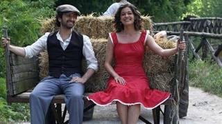 Siani con Ana Caterina Morariu nel nuovo film, in uscita a gennaio