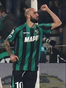 Simone Zaza esulta dopo il gol del vantaggio emiliano. Ansa