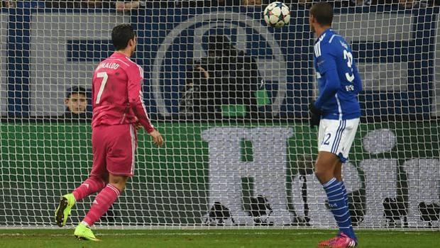 Porta vuota, Ronaldo segna, Matip guarda. Afp
