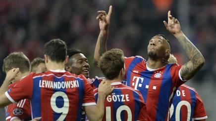 Jerome Boateng, 26 anni, esulta coi compagni dopo il gol del 2-0. Afp