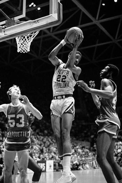 Alex English nel 1975 con la South Carolina University (Ap)