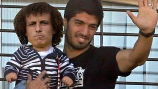 David Luiz e l'incubo-tunnel di Suarez: la Rete si scatena