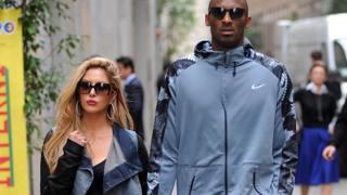 Bryant e moglie, shopping a Milano