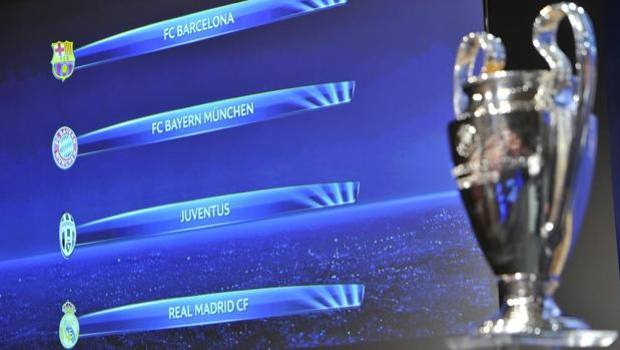 In primo piano il trofeo della Champions e sullo sfondo i 4 club semifinalisti. Uefa.com