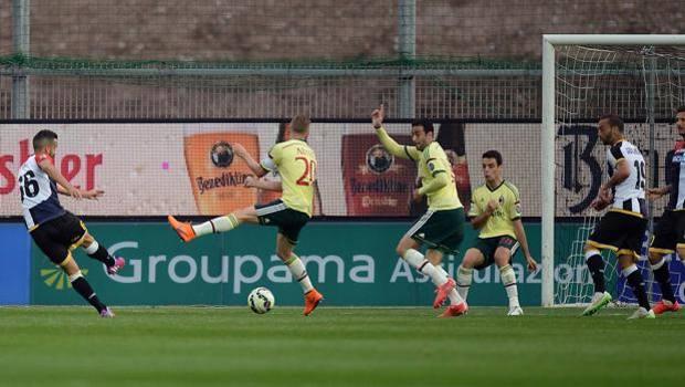 Il gol dell'1-0 di Giampiero Pinzi. LaPresse