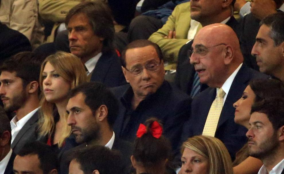 Berlusconi tra Barbara e Adriano Galliani: ha