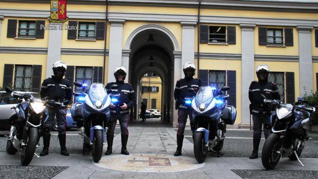 Bmw elettriche e mv agusta con la divisa della for Sinonimo di veloce