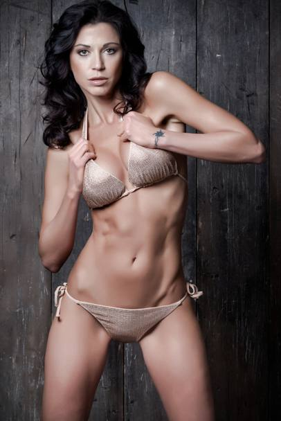 rodriguez michelle hunziker aurora hot bikini nude and porn pictures