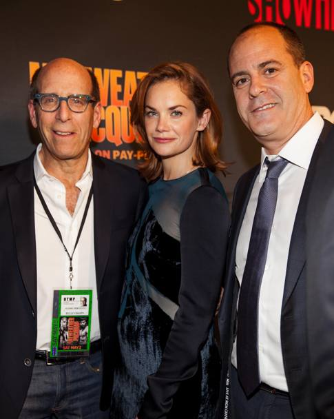Red carpet: Matt Blank, Ruth Wilson e David Nevins. Ap