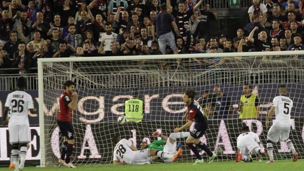 Il gol di Albin Ekdal che sblocca la gara. Ansa