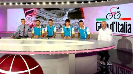 Fabio Aru e l'Astana negli studi di GazzettaTV. Bozzani
