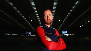 Bradley Wiggins, 35 anni, in posa al velodromo olimpico di Londra. Getty