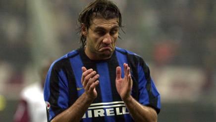 Christian Vieri in una foto del 2003. OMEGA