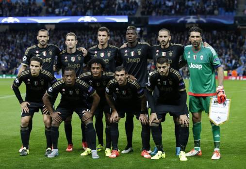La formazione della Juve schierata da Allegri per il debutto in Champions in casa del Manchester City. Ap