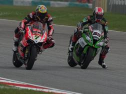 Chaz Davies e Jonathan Rea. Getty Images