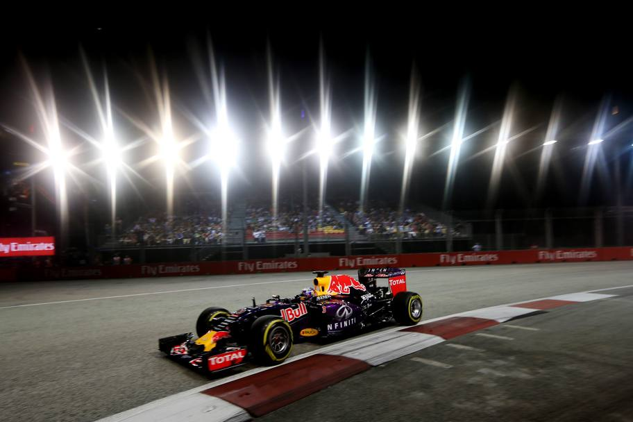 A Singapore brilla pure Ricciardo, splendido 2°. Reuters