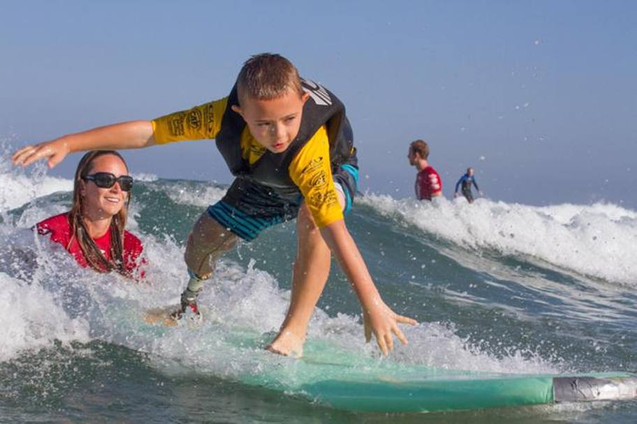 L'Isa (International Surfing Association) pensa anche ai più piccoli. Reynolds