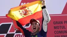 Jorge Lorenzo festeggia il suo 5� mondiale a Valencia. Afp