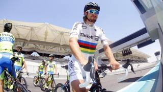Abu Dhabi, Sagan debutta in maglia iridata