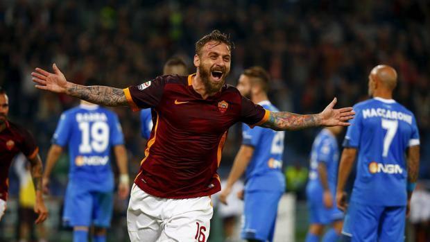L'esultanza di Daniele De Rossi per il gol del 2-0. Reuters