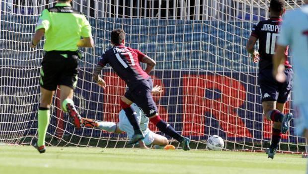 Uno dei due gol segnati da Diego Farias, 25 anni. LaPresse