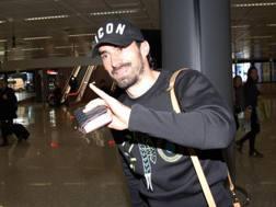 Milan Bisevac, 32 anni, difensore serbo, al suo arrivo a Fiumicino. Ansa