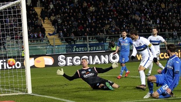 Il gol-partita di Mauro Icardi, 22 anni. Getty