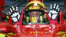 Valentino Rossi sulla Ferrari in una foto di qualche anno fa. Ansa