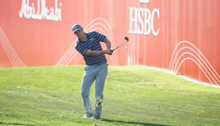 Jordan Spieth in azione ad Abu Dhabi. Getty Images